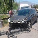 Conductor de camioneta evitó grave accidente luego de ser impactado por un automóvil