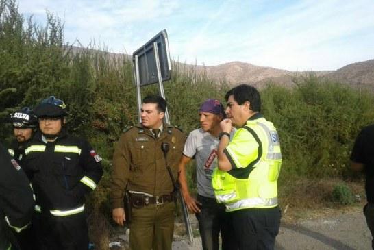 Conductor en estado de ebriedad volcó en su vehículo en sector Las Coimas