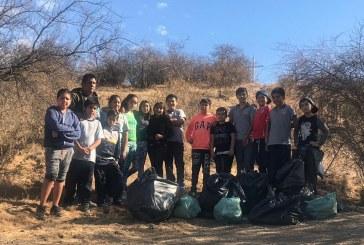 Estudiantes de la Escuela María Leiva se sumaron al #Trashtag Challenge para cuidar el Medio Ambiente