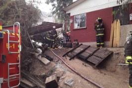 Vecinos evitaron que vivienda fuera alcanzada por incendio en Las Coimas