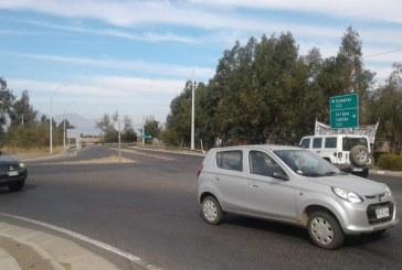 """Departamento de tránsito del municipio:"""" la señalización en cruce puente Putaendo es la adecuada"""""""